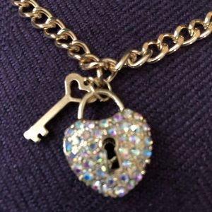 Jewelry - Gold plated heart and key bracelet